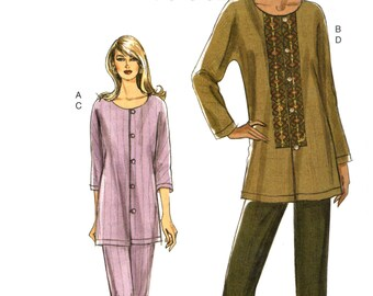 06 Vogue 8265 Loose Fitting Tunic with Sleeve Variations and Tapered Pants, Uncut, Factory Folded, Sewing Pattern Size 8-14