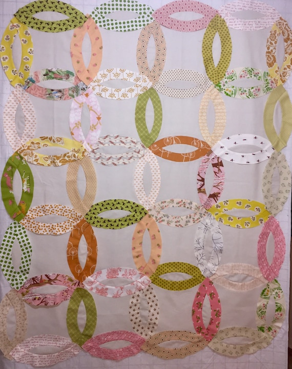 New Quilt In A Box Double Wedding Ring Pre Cut Quilt Kit Watermelon Picnic