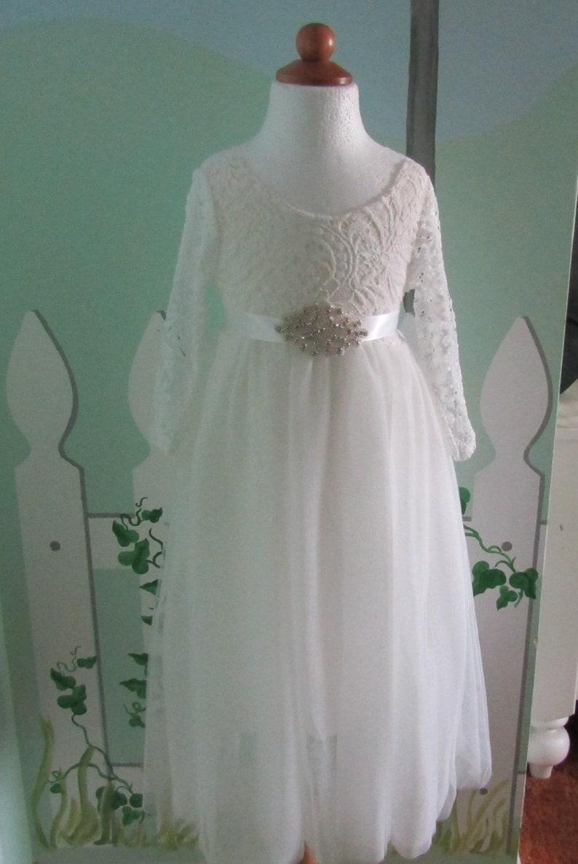 5b45589a35f White flower girl dress Lace flower girl dress Tulle flower