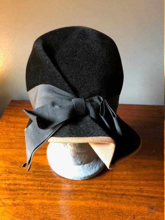 30's 40's Velvet Black Hat - image 2