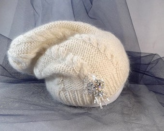 Knitted beanie hat with glass beads / white merino wool, mohair and silk slouchy hat / women slouchy hat with Swarovski