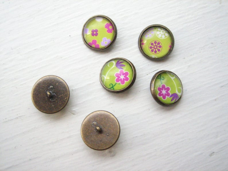 pink floral buttons 14mm lime green sweater buttons Glass buttons 14mm green buttons handmade domed glass metal shank buttons 6 pcs