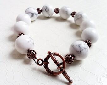 Bracelet 'Alba' - White howlite gemstones and copper beads - Statement bracelet, boho chic, beaded bracelet, gift for her - Handmade jewelry