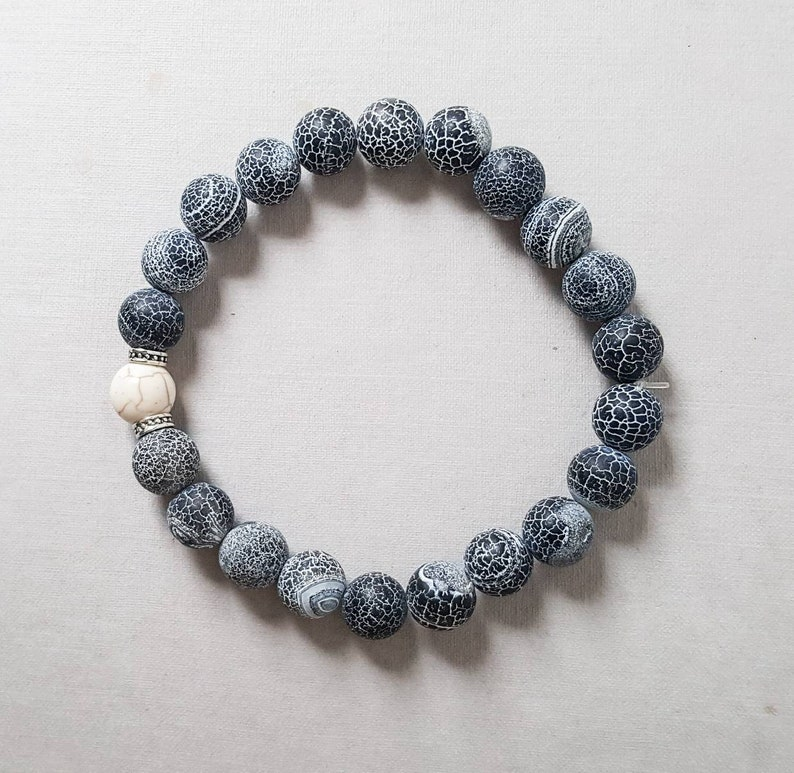 gift for husband Fathers Day Agate mens bracelet gift for him grey stone bracelet simple mens bracelet ying yang bracelet