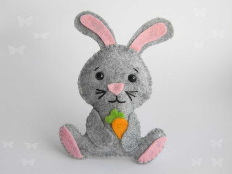 Easter bunny ornament PDF Pattern Kawaii Softie Sewing Pattern Bunny toy with carrot easter decorations DIY project hanging decoration