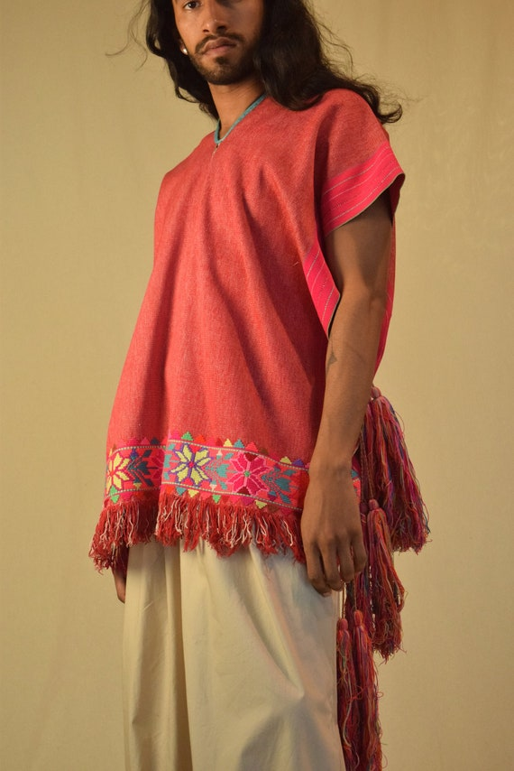Mexican Poncho. Embroidered Poncho. Vintage Poncho