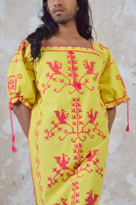 Vintage Mexican Dress. Embroidered Dress.