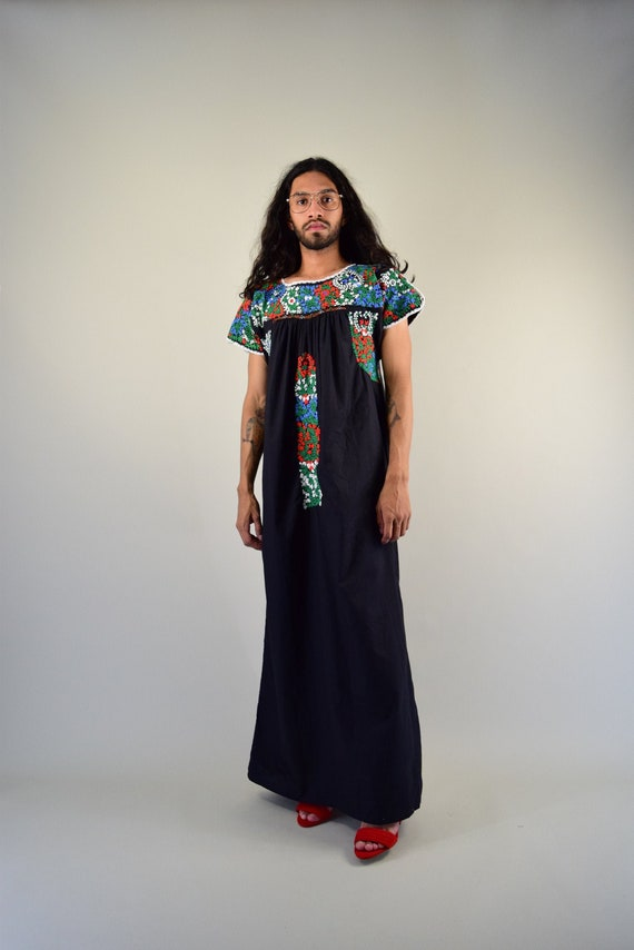 Embroidered Mexican Dress. Mexican Kaftan