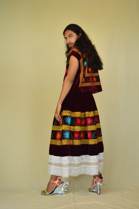 Vintage Tehuana. Mexican Huipil. Embroidered Blous