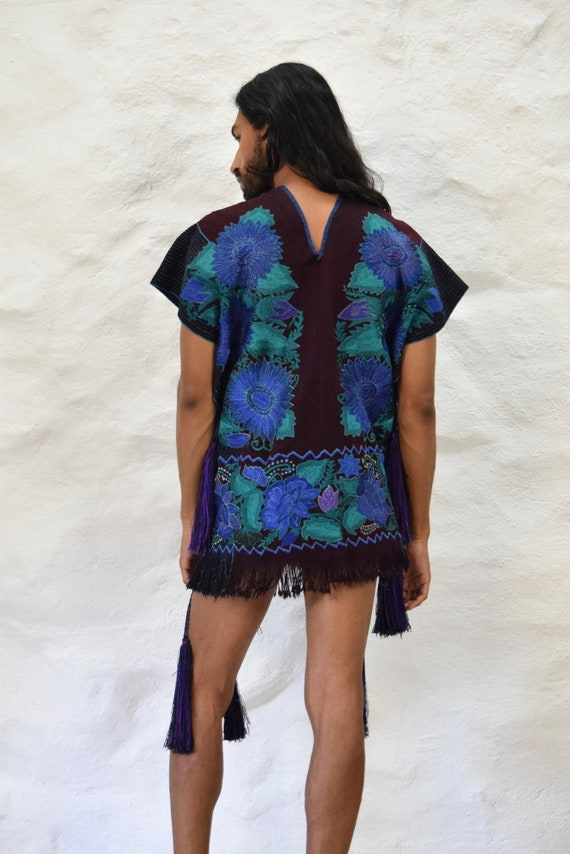 Mexican Poncho. Embroidered Poncho. Vintage Poncho - image 4