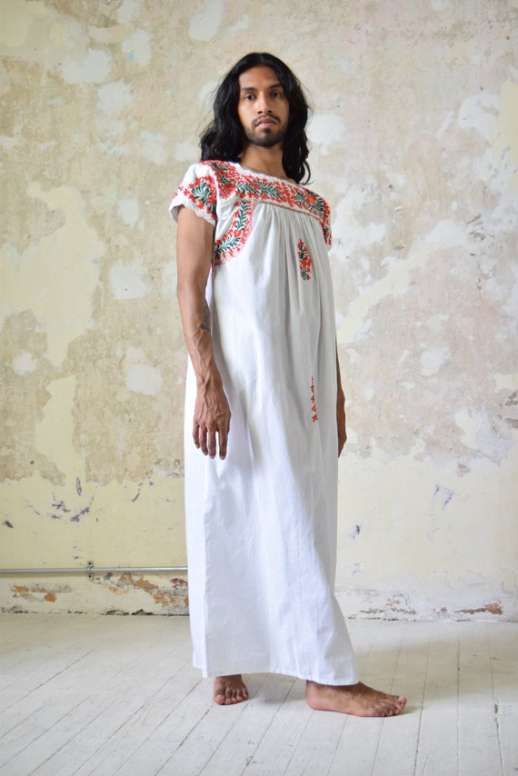 Embroidered Mexican Dress. Mexican Caftan.