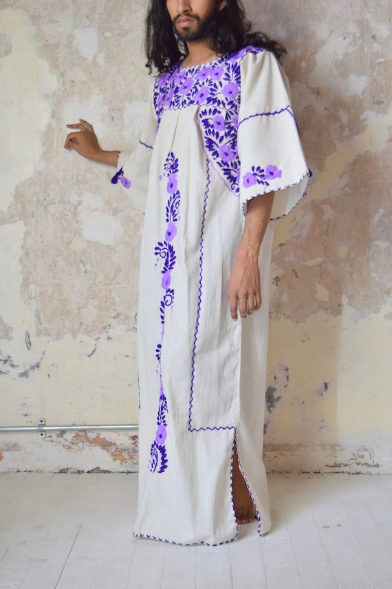 Mexican Dress. Embroidered Kaftan.