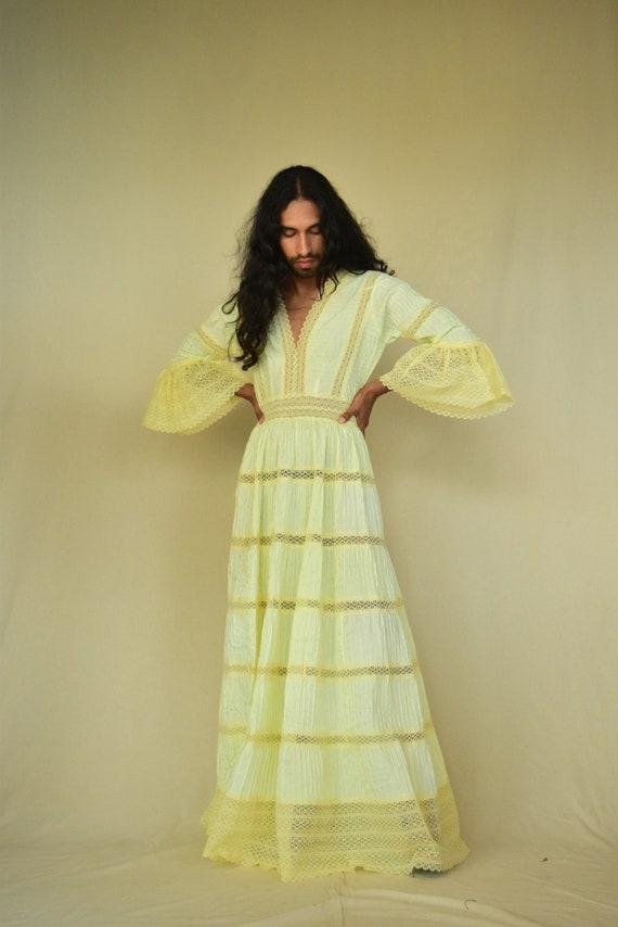 Vintage Dress. Mexican Dress.