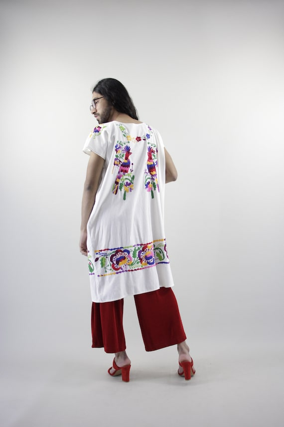 Vintage Mexican Dress. Mexican Embroidered Dress.