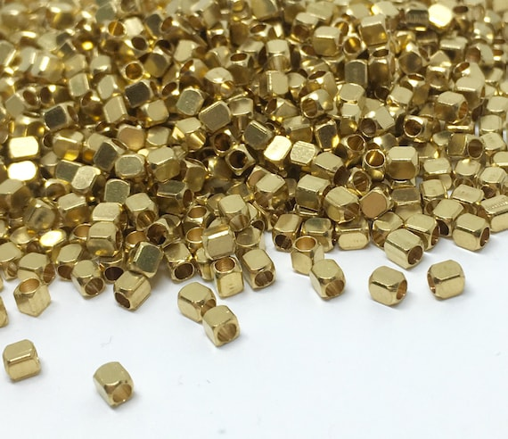 Tiny Spacer Cubes Spacer Beads Raw Brass Beads Mini Cube Beads KA40 50 Pcs 2,5mm Raw Brass Cube Beads Raw Brass Findings MC