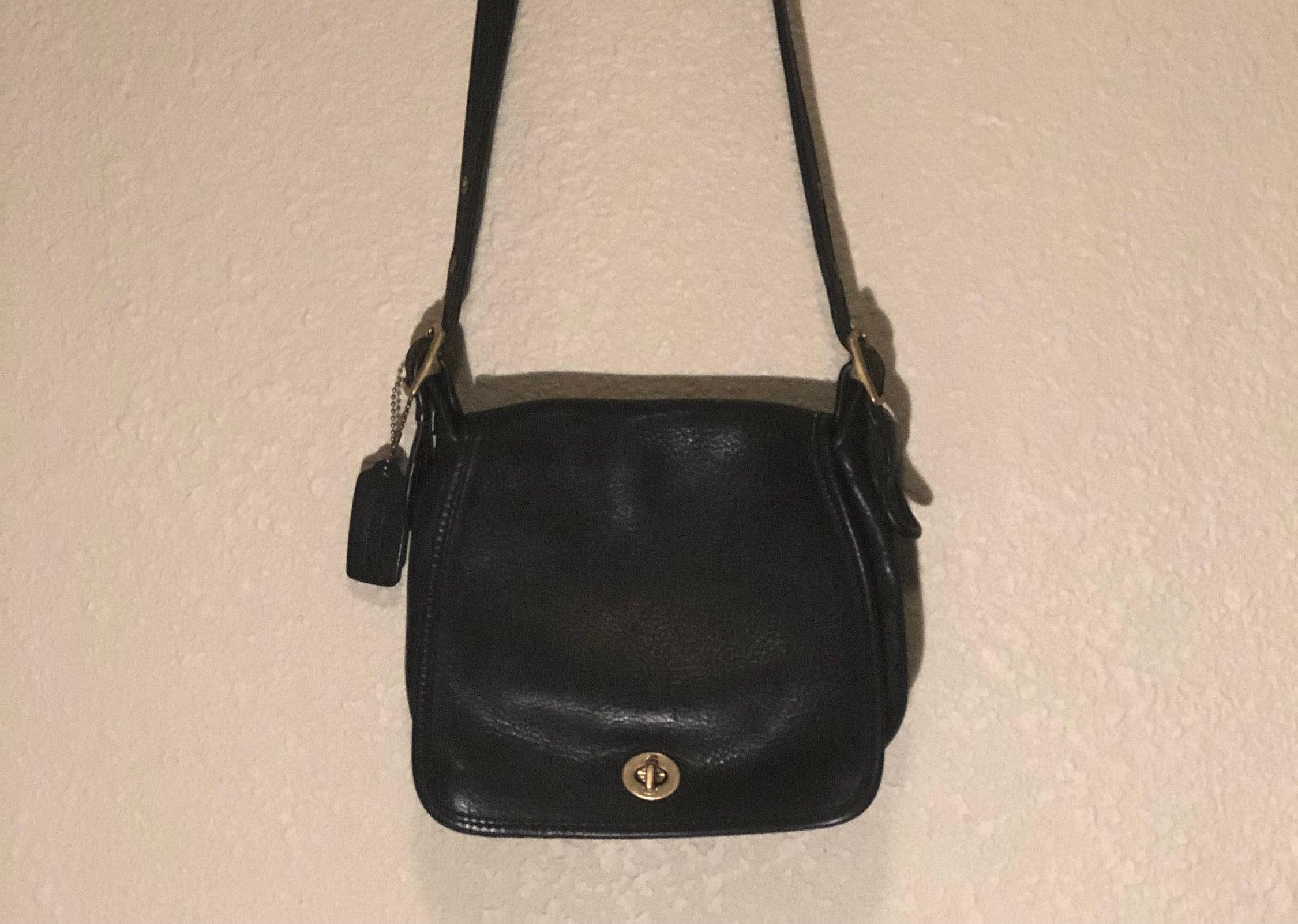 b628143c30ed Vintage Coach saddle bag