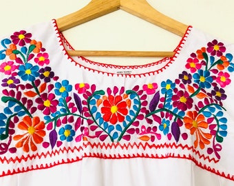 6437163c8c9311 Traditional Mexican Embroidered Blouse Shirt