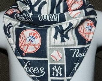 Reversible Bandana  Bib  New York Yankees,  Baby, Drool, Feeding, Baseball