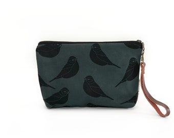 New!  Sparrow Waxed Canvas Wallet Clutch Bag with Leather Wristlet Strap