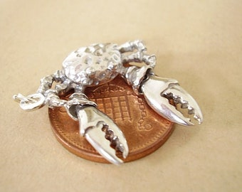 Sterling Silver  Moving  CRAB charm