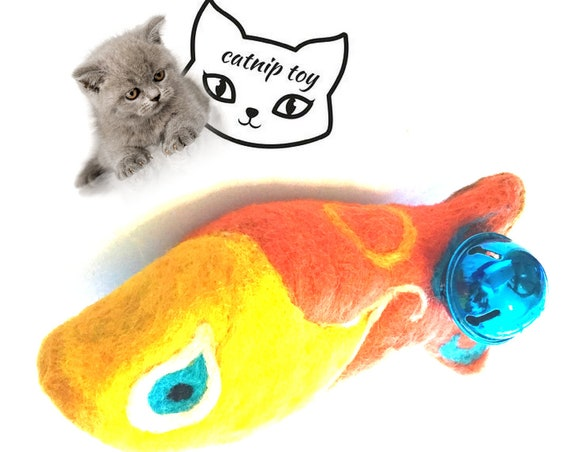 Yellow Catnip Cat Toy -  Needle Felted Cat Toy -  Cat Play Toy -  Cat Lover Gift - Cat Throw Toy - Cat Things - Cat Stuff - Cat Cuddle Toy