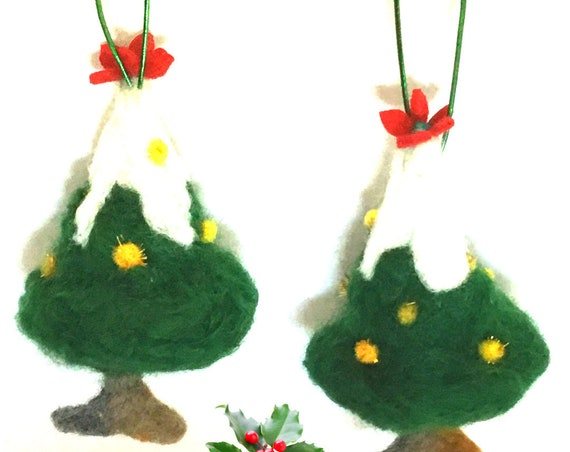 XmasTree Hanging Ornaments - Green Felt Xmas Trees - Tree Ornaments - Xmas Decorations - Felt Xmas Gifts - Unique Xmas Gifts - Felted Gifts