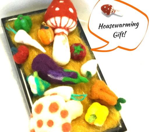 Festive Centrepiece - Friendship Gift - Felt Vegetables - Wool Sculptures- Housewarming Gift - Needle Felted Items -  Hand Felted Items