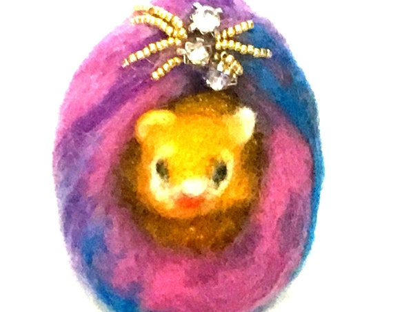 Felted Cat Brooch - Mothers Day Gift - Cubic Zirconia Beaded Cat Brooch - Girlfriend Gift - Felted Wool Brooch - Appreciation Gift