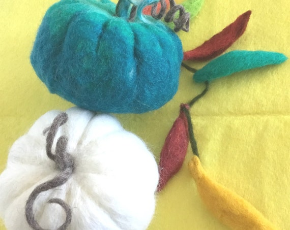 Felted White & Jade Pumpkin and Chillies - Table Decor - Friendship Gift - Housewarming Gift - Wool Sculptures - Hostess Gifts