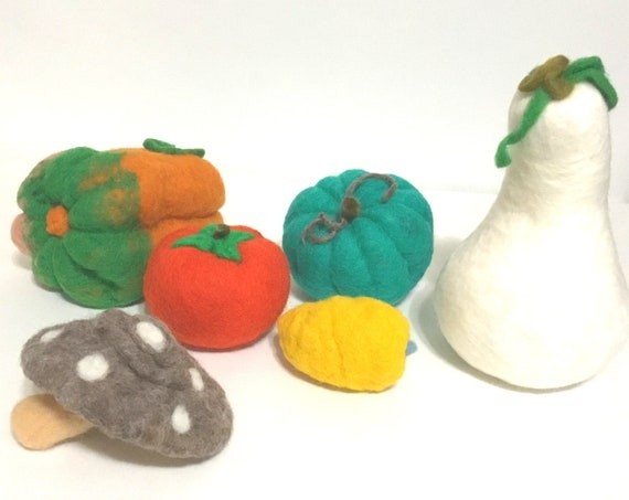 Large Felt Vegetable Set - Festive Table Decor - Halloween Gift - Hand Felted Wool Sculptures - Housewarming Gift - Fruit Bowl Decor