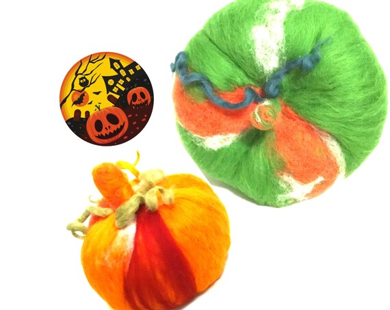 2 Large Wool Halloween Pumpkins - Stunning Table Decor - Orange and Green Felted Pumpkins - Housewarming Gift - Hand Felted Wool Pumpkins