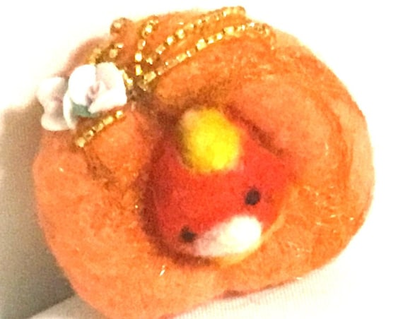 Apricot Bird Brooch - Mothers Day Gift - Bird in Nest Brooch - Girlfriend Gift - Rose Beaded Brooch - Felted Wool Brooch - Appreciation Gift
