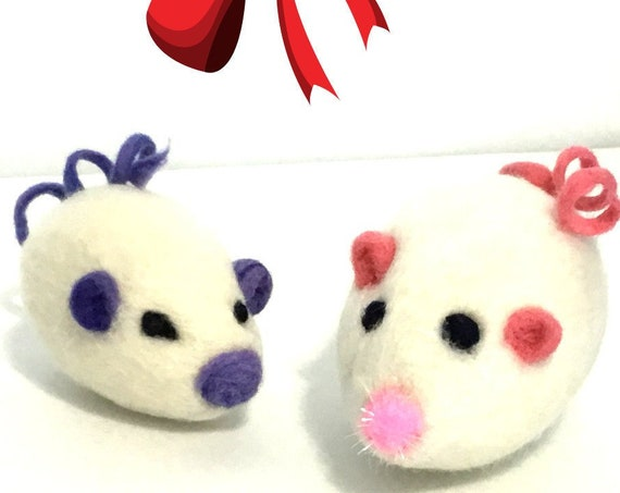 White Mice Cat Toys - Mother and Son Mice - Hostess  Gifts - Needle Felted Cat Toys - Relocation Gifts  - Curly Tail Mice - Cat Lovers Gift