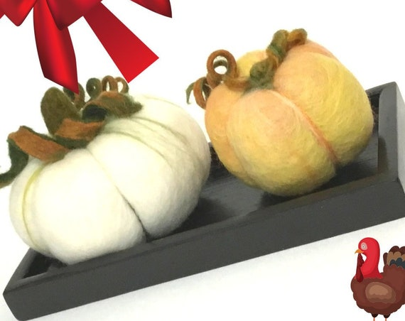 Hand Felted Pumpkin Centrepiece - Festive Table Decor - House Warming Gift - Halloween Decor - Friendship Gift -  Needle Felted Pumpkins