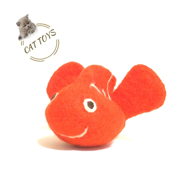 Red Fish Cat Toy - Red Needle Felted Cat Toy - Wool Sculpture - Cat Lover Gift - Felted Wool Toy - Children's Toy Gift - Handmade Wool Toy