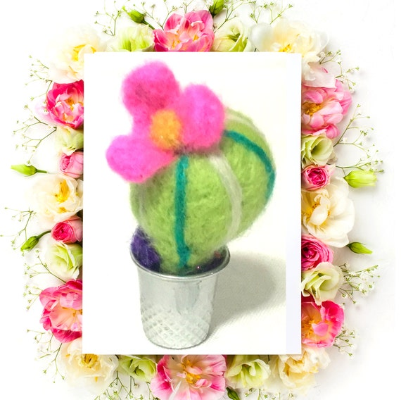 Miniature Wool Cactus - Housewarming Gift -  Tiny Wool Cactus - Needle Felted Sculpture - Tiny Dolls House Decoration - Friendship Gift Gift
