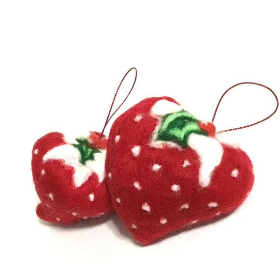 Felt Strawberries - Red Snow Strawberries - Hostess Gift - Xmas Tree Decorations - Unique Xmas Gifts - Unique Xmas Decor - Appreciation Gift