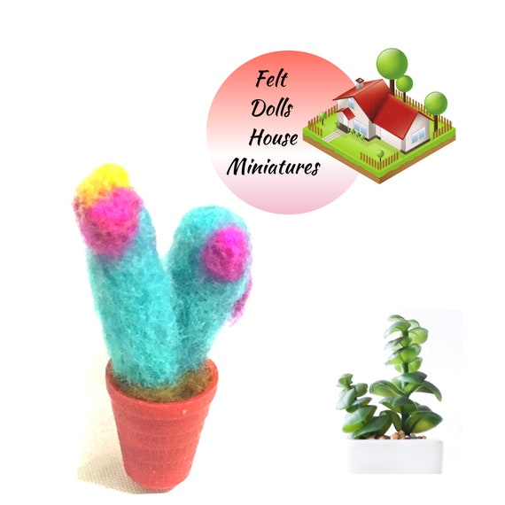 Dolls House Cactus - Felt Thimble Cactus - Miniature Wool Cactus - Friendship Gift - Needle Felted Sculpture - Tiny Dolls House Decoration