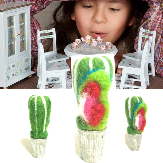 Miniature Hand Felted Cactus - Friendship Gift -  Tiny Wool Cactus - Needle Felted Sculpture - Tiny Dolls House Decoration - Friends Gift