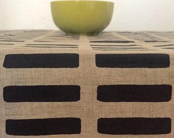 Linen tablecloth with black geometric print