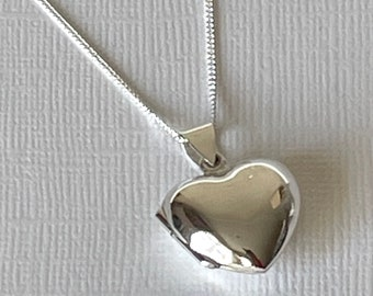 Heart Locket, sterling silver. Gift for Wedding Party, Bridesmaid, Maid of Honour