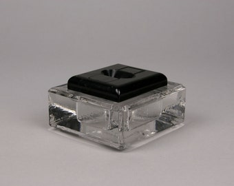 Presto No. 1 Inkwell by Mutual Specialty Co., New York, Self-closing Inkwell or Ink Stand