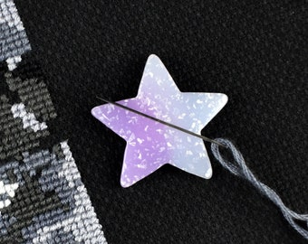 Lavender Star, Needle Minder, Glitter Star, Purple Blue, Ombre Gradient, Magnetic Pincushion, Iridescent Glitter, Pastel Purple