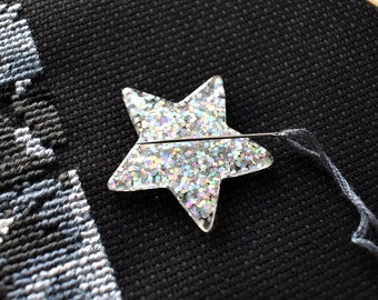 Holographic Star, Needle Minder, Holographic Glitter, Magnetic Pincushion, Sewing Needles, Silver Holo, Rainbow Sparkles, Sewing Accessory