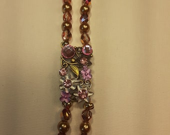 Beautiful sparkly necklace bracelet and earrings