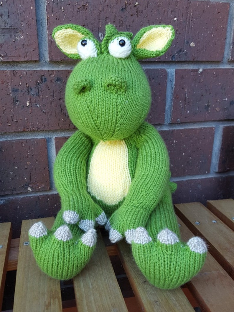 Little Green Dragon  A Lovely Hand-knitted Toy image 0