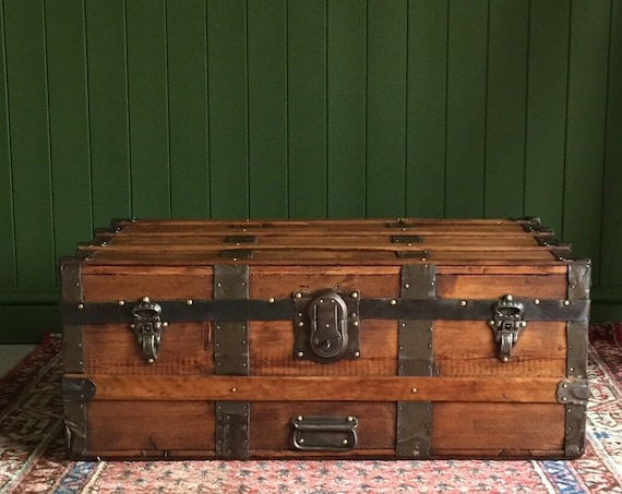 ANTIQUE Victorian STEAMER TRUNK Coffee Table Old Rustic Pine Chest Wooden Blanket Storage Box + Key