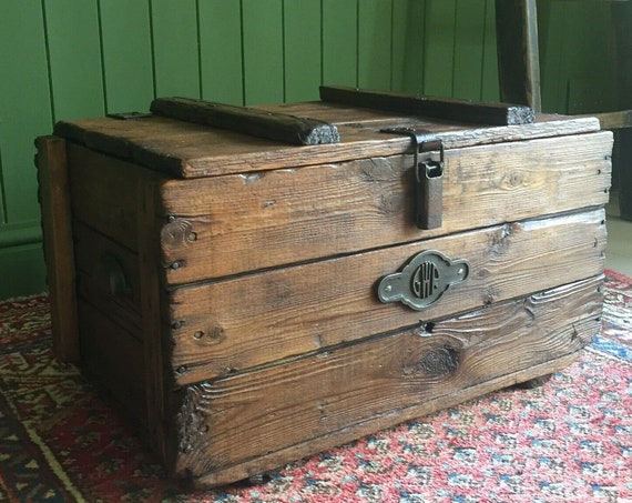 Reclaimed Vintage Wooden Chest Old Rustic Industrial Storage Trunk Mid Century GWR Plank Box + FREE DELIVERY