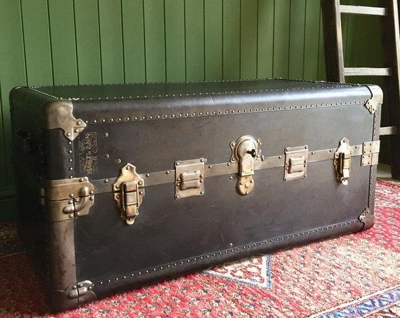 ANTIQUE STEAMER TRUNK Original 1920's Deco Hartmann Wardrobe Trunk Storage Chest Coffee Table + Key