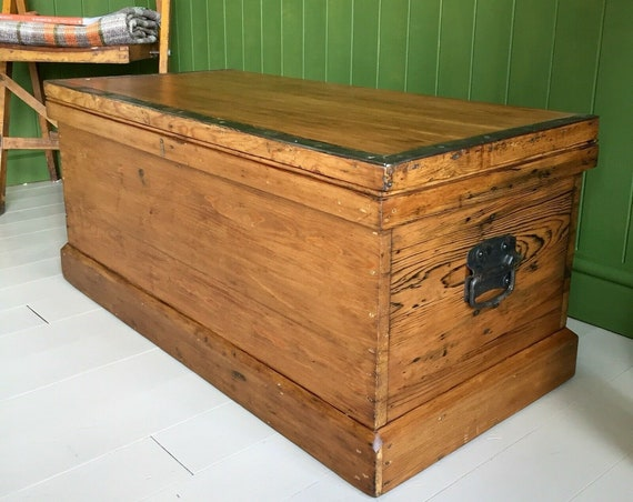 ANTIQUE PINE CHEST Victorian Rustic Wooden Trunk Coffee Table Box Old Industrial Chest Blanket Trunk